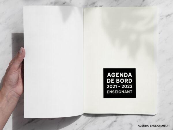 agenda-2021-2022-enseignant-photo-02